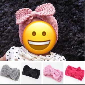 Other - Light pink knitted bow headband